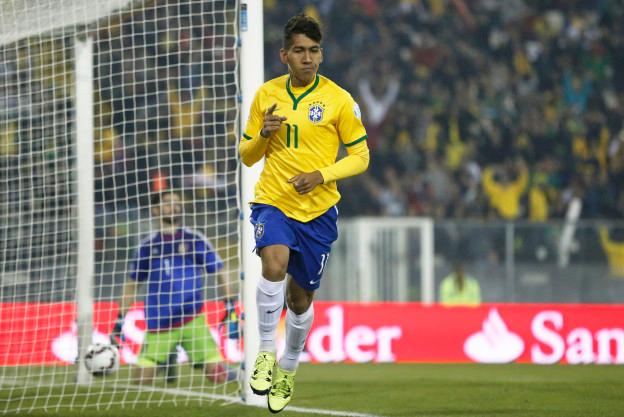 Action photo during the match Brazil vs Venezuela, Corresponding of the group -C- of XLIV Copa America Chile 2015 at Monumental stadium, Santiago, Chile, in the photo: Roberto Firmino celebrates his goal of Brazil Foto de accion durante el partido Brasil vs venezuela, Correspondiente al grupo -C- de la XLIV Copa America Chile 2015 en el estadio Monumental, Santiago, Chile, en la foto: Roberto Firmino celebra su gol de Brasil 21/06/2015/PHOTOSPORT/Martin Thomas/MEXSPORT.