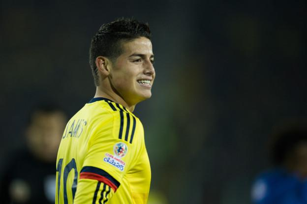 Action photo during the match Brazil vs Colombia, Corresponding of the group -C- of XLIV Copa America Chile 2015 at Monumental stadium, Santiago, Chile, in the photo: James Rodriguez of Colombia Foto de accion durante el partido Brasil vs Colombia, Correspondiente al grupo -C- de la XLIV Copa America Chile 2015 en el estadio Monumental, Santiago, Chile, en la foto: James Rodriguez de Colombia 17/06/2015/MEXSPORT/Jorge Martinez.