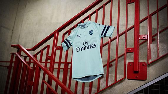 861f3a21b27 2018-19 PUMA Arsenal Third kit launches in Singapore
