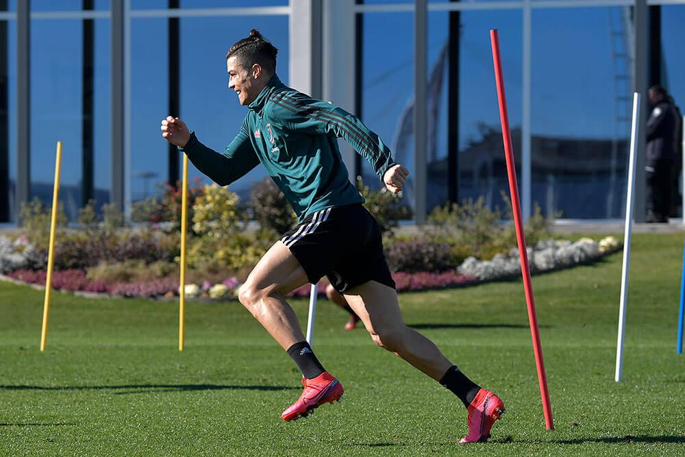 Cristiano Ronaldo trains for Juventus FC