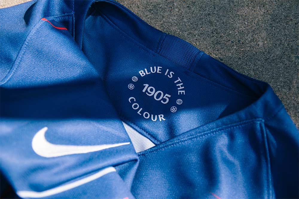 Inspired By The Rousing Chorus Of Blue Is Color That Can Be Heard Reverberating Around Walls Stamford Bridge On Match Day Nike Knew They