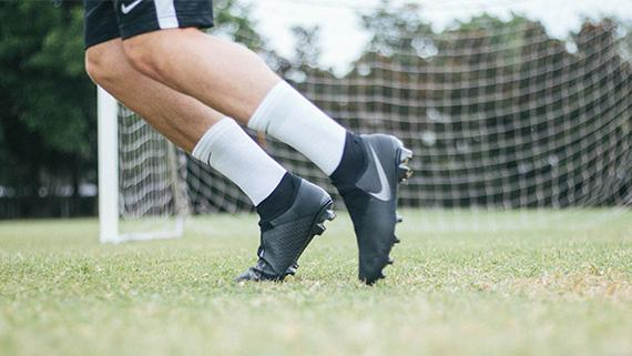 02adaf988e60 NIKE Phantom Vision Play Test and Review On Field
