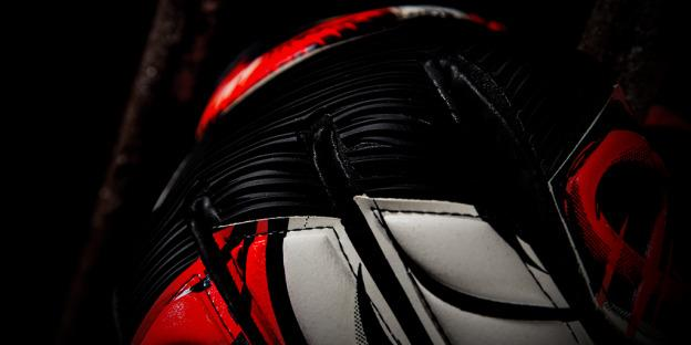 Adidas_Beast_Gloves_Red_SOCIAL_08