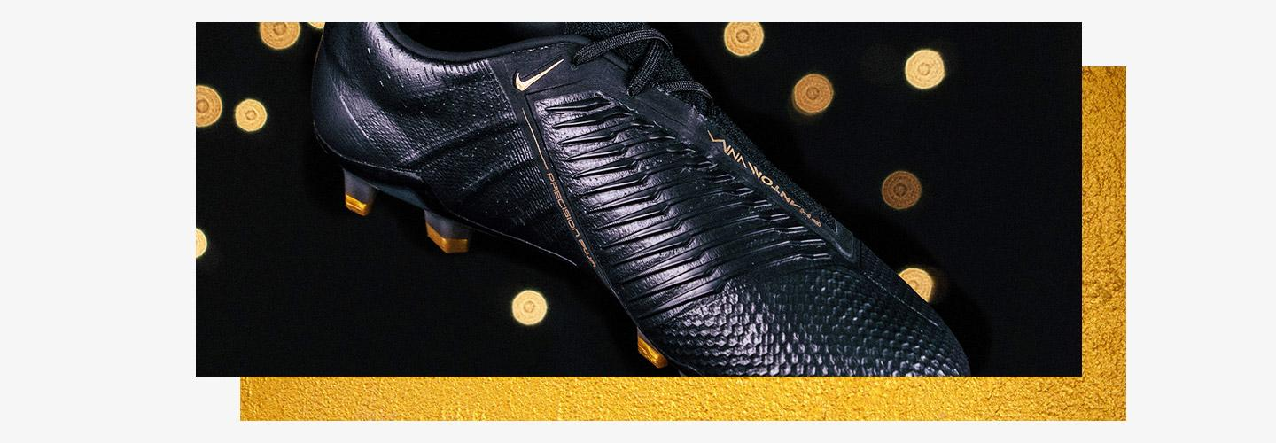 Black Nike Phantom Venom Soccer Cleats