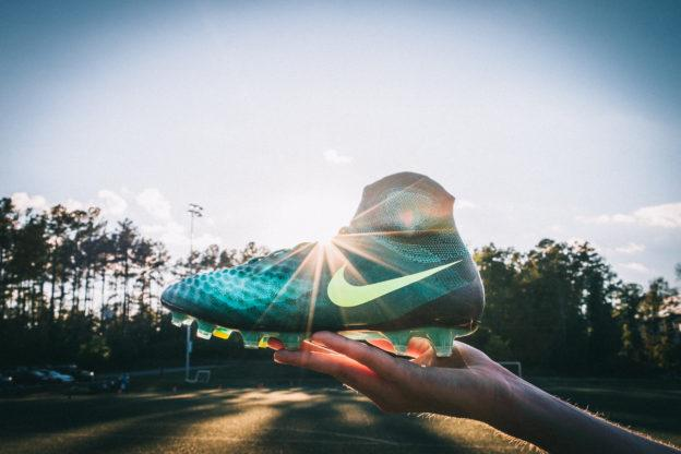 size 40 2649d 76180 The Magista II has a 3D texture with a Flyknit upper making it one of the  best controlling uppers in the game. The new control outsole is perfect for  ...