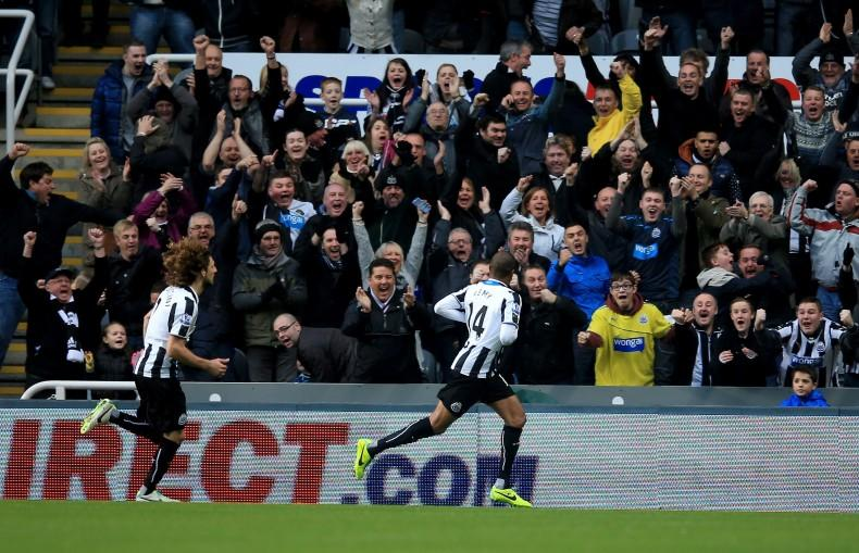 Newcastle United v Norwich City - Premier League