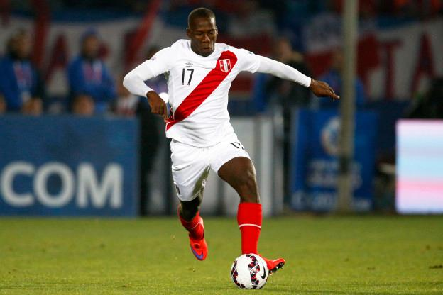 Stock during the match Chile vs Peru, Corresponding to the Semifinals of the XLIV Copa America Chile 2015 at Nacional stadium, Santiago, Chile, in the photo: Luis Advincula of Peru Stock durante el partido Chile vs Peru, correspondiente a las semifinales de la XLIV Copa America Chile 2015 en el estadio Nacional, Santiago, Chile, en la foto: Luis Advincula de Peru 29/06/2015/PHOTOSPORT/Andres Pina/MEXSPORT.