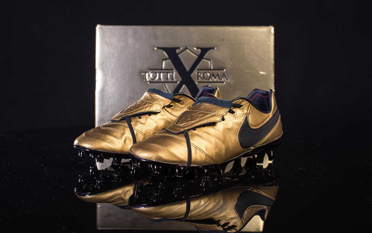 uk availability ab8af 78d49 Nike drops beautiful Totti Tiempo