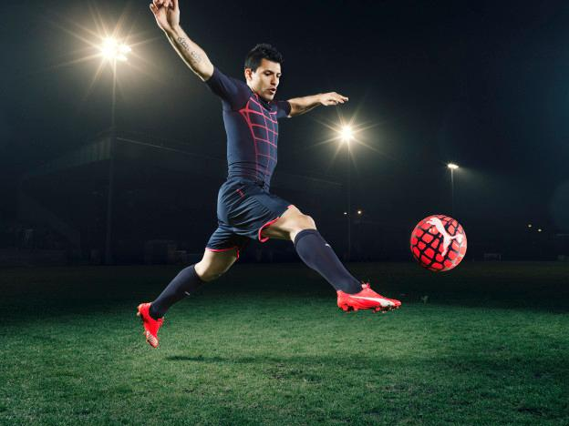 Sergio Aguero wears the new PUMA evoSPEED SL Football Boot_5