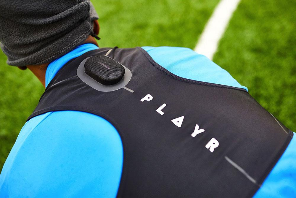 PLAYR: The professional coach on your back
