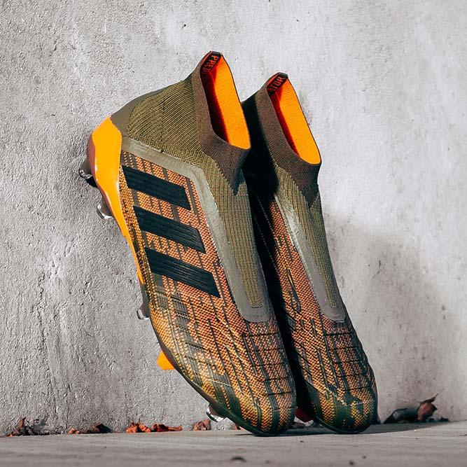 outlet store cc993 00bba adidas Lone Hunter Predator 18+