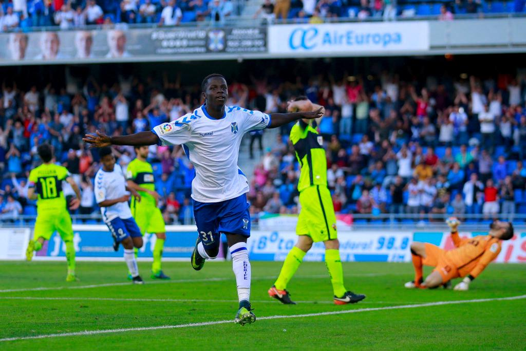 SANTA CRUZ DE TENERIFE, SPAIN - FEBRUARY 04: Amath Ndiaye Diedhiouof Tenerife SAD celebrates scoring their second goal during the La Liga 2 match between CD Tenerife and Elche at Estadio Heliodoro Rodriguez Lopez on February 4, 2017 in Santa Cruz de Tenerife, Spain. (Photo by Gonzalo Arroyo Moreno/Getty Images)