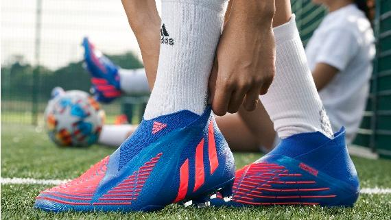 Soccer Shoes & Cleats | FREE SHIPPING atSOCCER COM