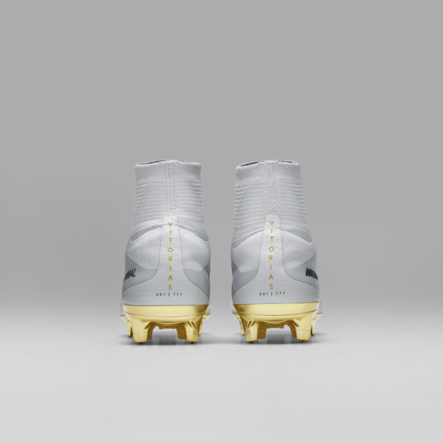 623cc9b4619 Limited Edition Mercurial Superfly CR7