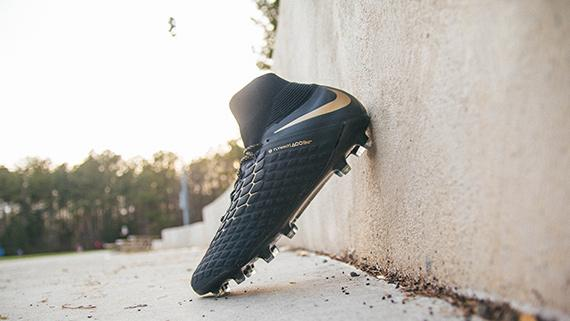 info for ed80a ba066 Nike Hypervenom Soccer Cleats and Shoes | SOCCER.COM