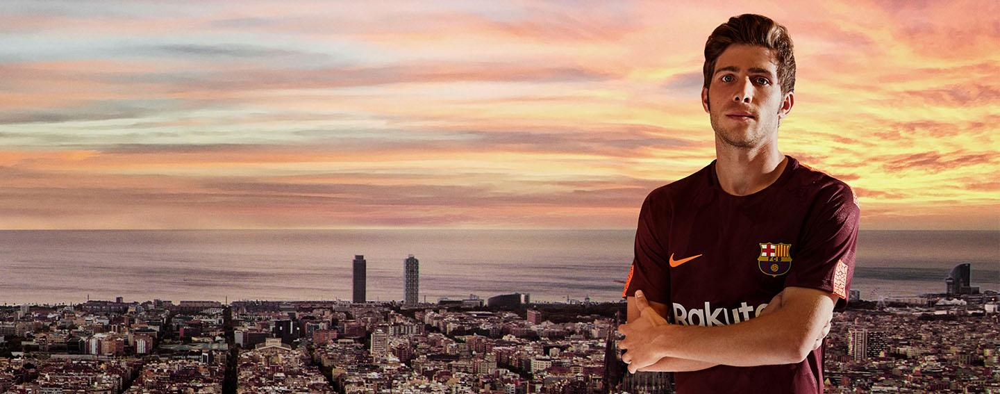 2017-18 Nike Barcelona third jersey launched