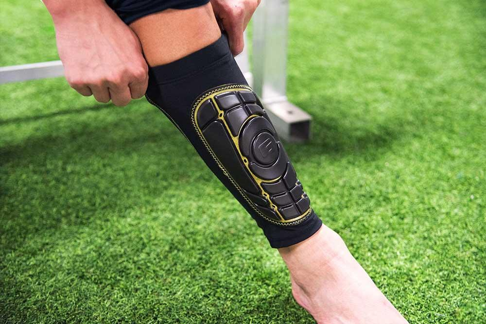 08160b7025ed These shin guards have the guard and protection built into a sleeve in  which you slide onto your leg and under your sock. This type of shinguard  usually ...