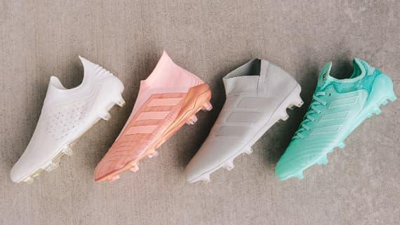 online retailer 5c689 a3b93 adidas Predator soccer cleats | SOCCER.COM